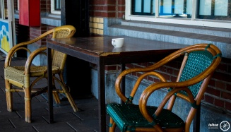 Abandone cafe table set